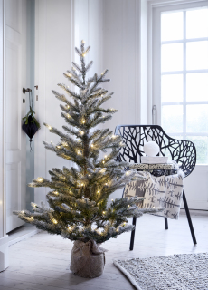 Joulukuusi 120 cm. valkoinen