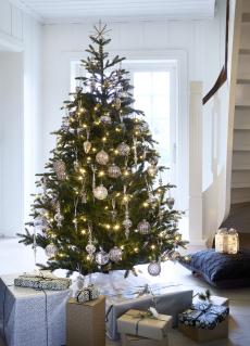 Juletre m/LED lys 215 cm